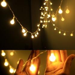 Lichterkette 10M mit 100 Kügelchen-LEDs Strombetrieb, Durchsichtig Kabel, Warm Licht, Verbindbar 200M, für Außen